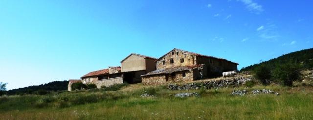 el Mas de las Barracas en el camino a Linares